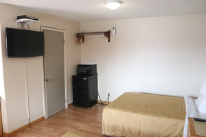 Standard Room with Two Double Beds Photo 7